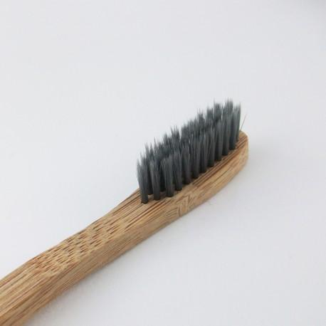Brosse à dents Infusé au Charbon - Adulte - Bambou 100% Recyclable