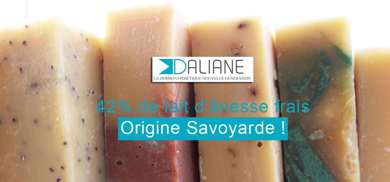Élaborés avec plus de 42% de lait d'ânesse frais et BIO, les savons Daliane sont de véritables soins fabriqués à la main comme jadis.